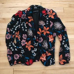 Floral blazer - worn 2 times - like new condition!